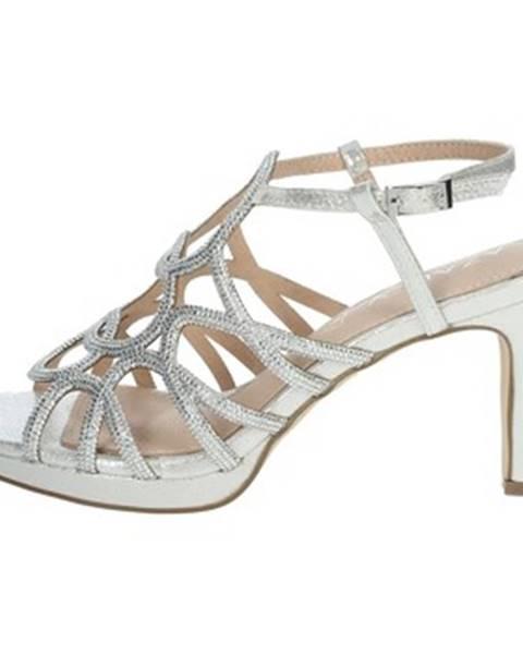 Strieborné topánky Azarey