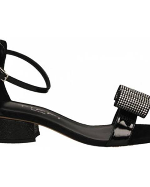 Čierne topánky Tiffi
