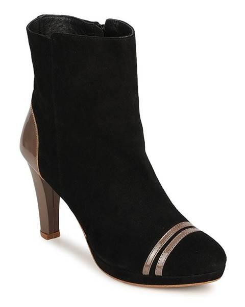 Čierne topánky C.Petula