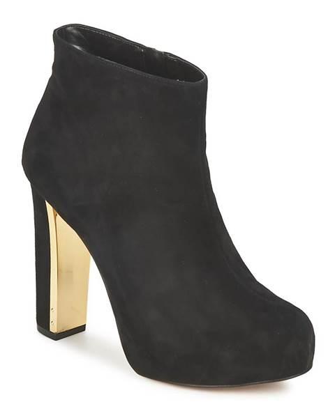 Čierne topánky Carvela