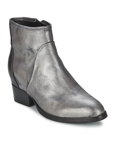 Strieborné topánky Catarina Martins
