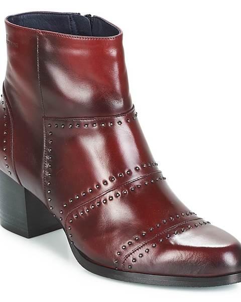 Červené topánky Dorking