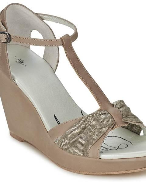 Béžové sandále One Step