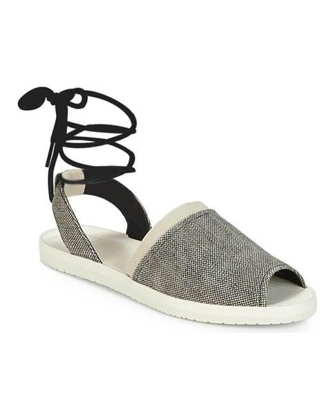 Čierne sandále Reef
