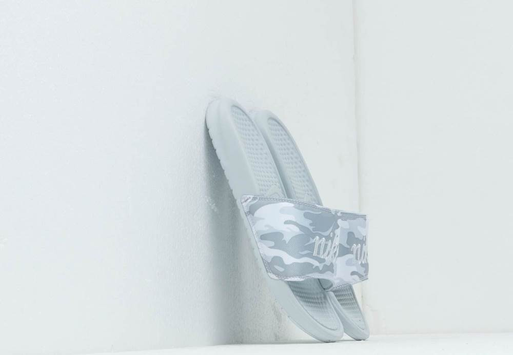 Nike Wmns Benassi Jdi Txt S...