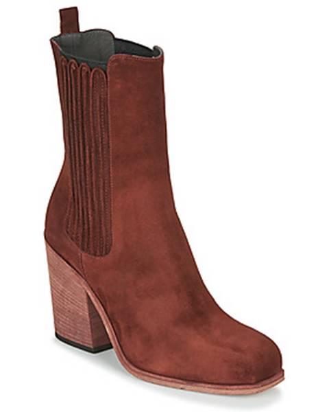 Červené topánky Now