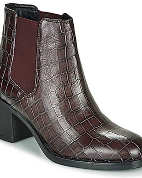 Bordové topánky Clarks