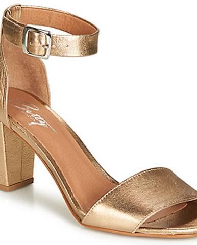 Zlaté sandále Betty London