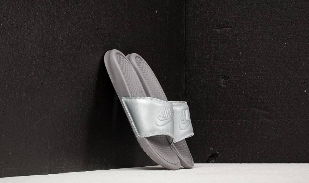 Nike Nike Wmns Benassi JDI BP Metallic Silver