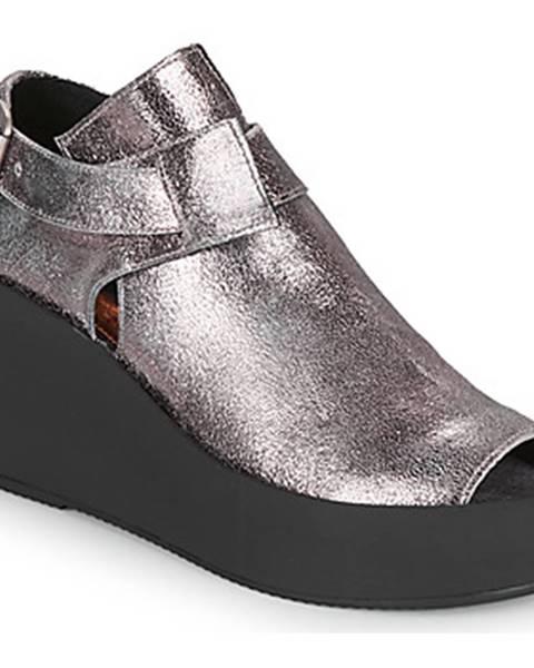 Strieborné sandále Papucei