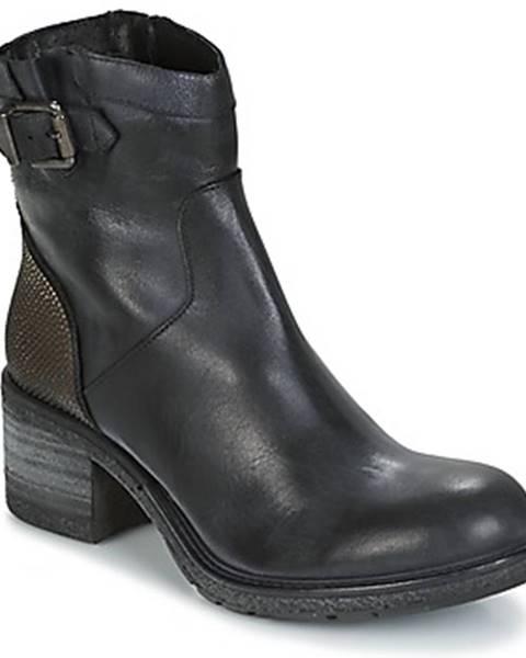 Čierne topánky Meline