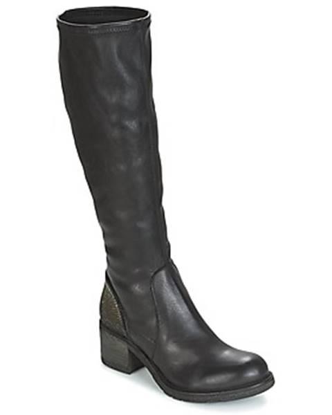 Čierne čižmy Meline