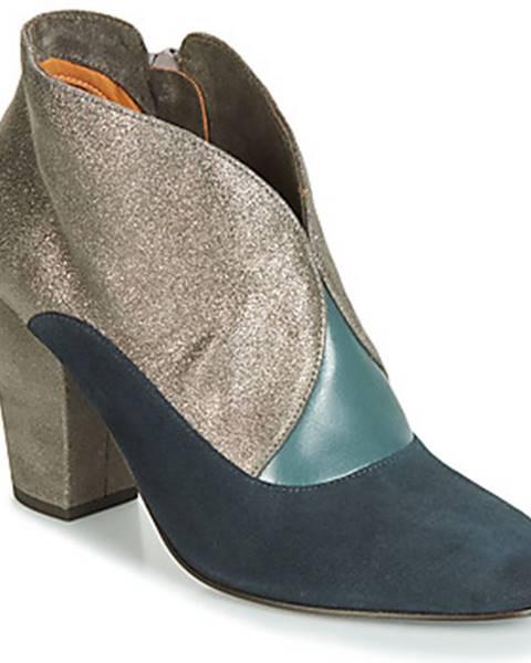 Strieborné topánky Chie Mihara