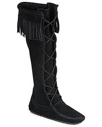 Čierne čižmy Minnetonka